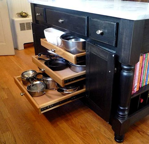 Kitchen Counter With Pull Out Pastry Table